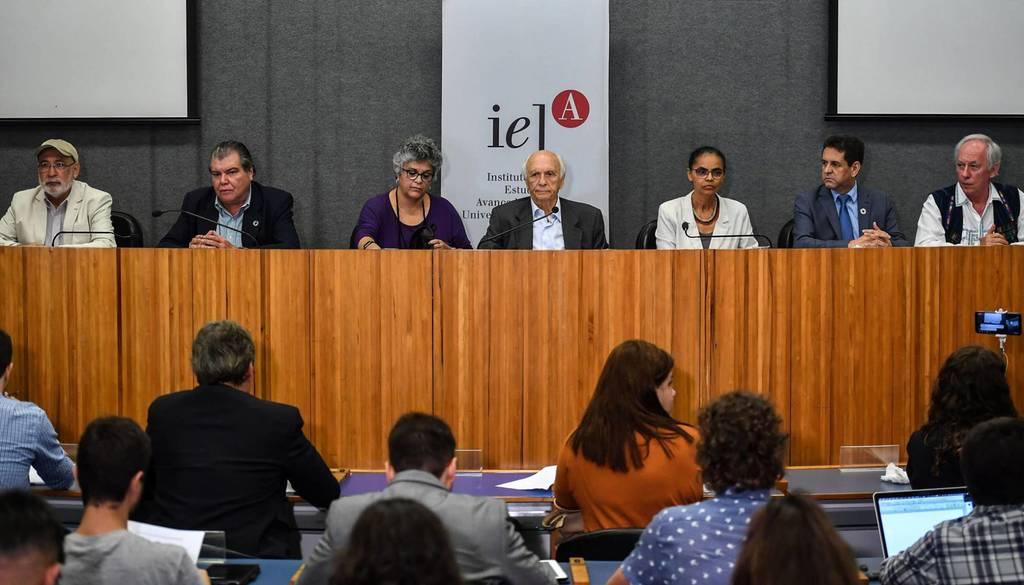 Ex-ministros do Meio Ambiente se reúnem pela primeira vez e divulgam manifesto